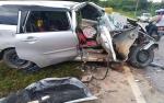 Truk Tabrak Mobil, 5 Penumpang Luka di Sampit