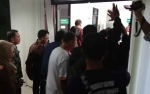 Adian Napitupulu Diberangkatkan ke Jakarta