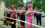 Prosesi Potong Hompong Sambut Kapolres Baru