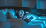 Mode Malam Ponsel tak Akan Bantu Tidur, Mengapa?