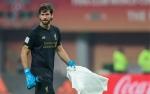 Pertandingan Leicester Lawan Liverpool di Mata Alisson