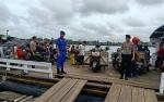 Anggota Satpolair Polres Kapuas Disiagakan di Feri Penyeberangan