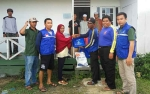 Dinas Sosial Kapuas Salurkan Bantuan Kepada Korban Kebakaran Pondok Santri Majelis Asyalawatiyah