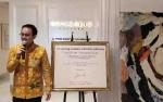 Wamendag Jerry Sambuaga Suka Pakai Batik, Begini Cara Merawatnya