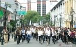Presiden Bersepeda Sambangi Kota Lama Semarang