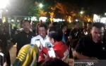 Jokowi Menyaksikan Pesta Kembang Api di Kawasan Titik Nol Yogyakarta