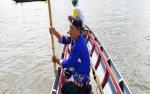 Camat Pulau Hanaut Ikut Mencari Nelayan Tenggelam di Sungai Mentaya