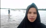 Gosong di Tengah Sungai Mentaya Jadi Wisata Dadakan