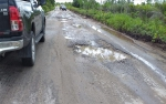 Jalan Menuju Petak Bahandang - Baun Bango Makin Rusak Parah