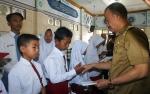 Baznas Seruyan Salurkan Bantuan Kepada Warga Kurang Mampu