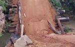 Bupati Katingan Tanggapi Jembatan Runtuh di Kecamatan Marikit