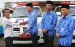 Tiga Masjid di Barito Utara Terima Bantuan Mobil Ambulans