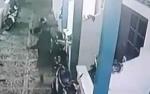 Aksi Pencuri Helm di Kos Putri Palangka Raya Terekam CCTV