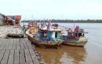 Selama 2019 Ada 2.142 Kapal NelayanTambat di Pelabuhan Perikanan Kuala Pembuang