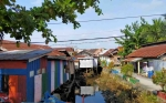 Camat di Kotim Diminta Tegas Larang Warga Dirikan Bangunan di Atas Sungai