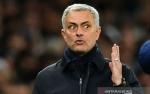Dikritik Pogba, Jose Mourinho: Saya Tidak Peduli dengan Perkataannya
