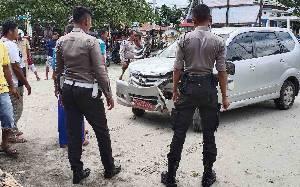 Mobil Dinas Tabrak Kantor Kecamatan Sukamara, Satu Pegawai Nyaris Jadi Korban