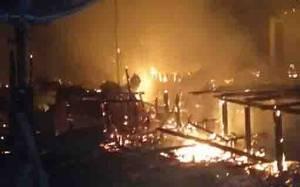 Kebakaran Hanguskan 7 Rumah dan 3 Gedung Sarang Walet di Barito Selatan, ini Dugaan Awal Api