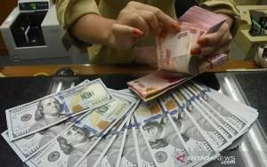 Rupiah Menguat Seiring Pembahasan Stimulus Fiskal AS