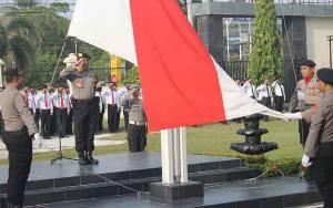 Kapolresta Palangka Raya: Upacara Bendera Penanaman Nilai Kesadaran Nasional