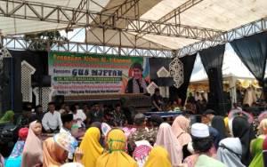 Ribuan Jemaah Hadiri Tablig Akbar Gus Miftah di Sukamara