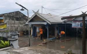 Posisi Rumah Lebih Rendah Dari Parit, Rumah Ini Kebanjiran