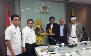 Bupati Kotawaringin Barat Usulkan Pembangunan Infrastruktur ke DPR RI