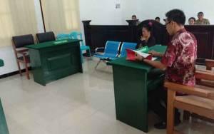 Hakim Vonis Penjara terhadap Mucikari di Kobar