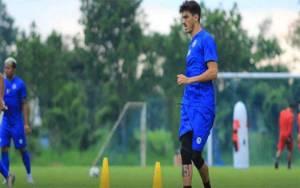 Dua Pemain Arema FC Cedera Saat Sesi Latihan