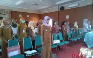 DWP Dinas Sosial Kalteng Gelar Pertemuan Rutin, Diisi Tutorial Makeup