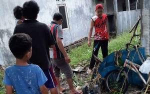 Warga RT 04 Taheta Kereng Bangkirai Gotong Royong Hindari Ancaman DBD