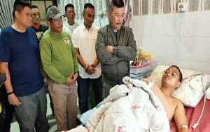 Kapolda Kalteng Jenguk Personel Polres Kapuas di Rumah Sakit Bhayangkara