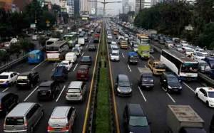 Trafik Lalu Lintas Tol Tangerang - Merak Bakal Melonjak Hari Ini