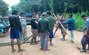 Persoalan Lahan PT HMBP dengan Warga Desa Penyang Memanas Pasca Ditangkapnya 2 Warga