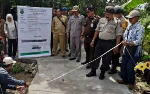 Polsek Kapuas Murung Dampingi Pelaksanaan Monev Program Desa