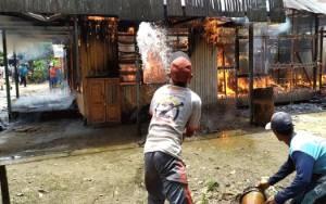 Rumah di Jalan Imam Bonjol Terbakar