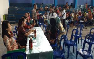 Polsek Dusun Tengah Lakukan Pengamanan Penyaluran Bantuan PKH