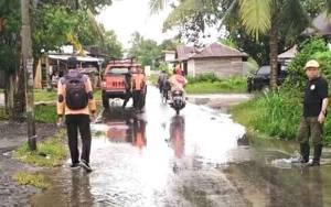 Tim TRC BPBD Palangka Raya Pantau Jalan Mandawai Setelah Diguyur Hujan