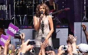 Whitney Houston akan Hidup Kembali Lewat Konser Hologram