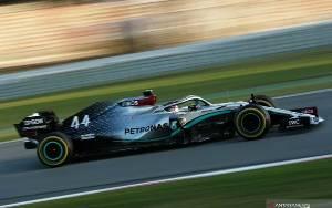 Mercedes Tercepat pada Pekan Pertama Tes Barcelona, Ferrari Khawatir