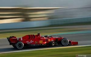 Mercedes Curiga Ferrari Sembunyikan Mobil Lebih Cepat