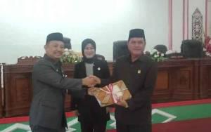 Bupati Barito Selatan Sampaikan 5 Raperda ke DPRD