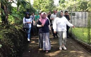 Kaji Tiru Pengembangan Ekonomi UMKM, Bupati Kobar Kunjungi Desa Gunting di Pasuruan