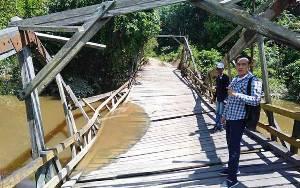 Jembatan Juun Nyaris Ambruk, DPRD Harapkan Pemerintah Segera Lakukan Perbaikan