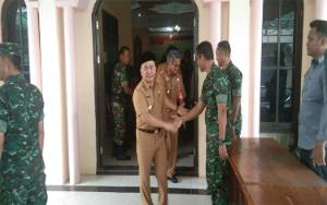 Gubernur Kalteng Hadiri Latihan Dalam Satuan Pembekalan Teritorial Personel Baru Korem