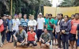 Portal Kelompok Tani di PT HMBP 2 Desa Penyang Dibongkar Pagi-pagi