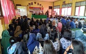 Polres Kapuas Sosialisasi Penerimaan Polri ke SMAN 1 Mantangai