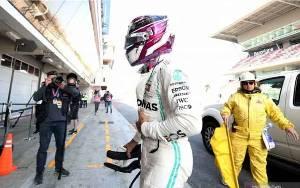 Mobil Mercedes Hamilton Mogok dalam Tes Barcelona Hari Kelima
