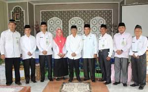 2 Pegawai Kantor Kementerian Agama Kapuas Memasuki Purnatugas