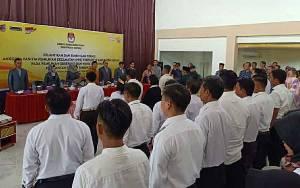 KPU Kapuas Resmi Lantik 85 Anggota PPK